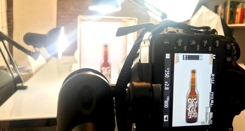 Cómo hacer tú mismo una caja de luz para fotografía de producto en tu eCommerce